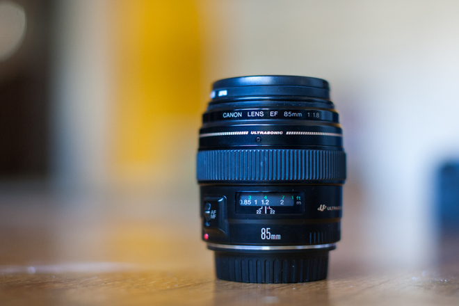 Canon EF 85mm 1.8 Telephoto Lens