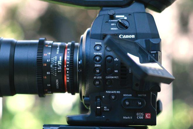 Canon EOS C100 Cinema Camera MK1