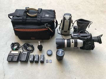 Rent: Canon C100 MKII w/ 24-70 f/2.8 ii, 70-200mm f/2.8L IS II USM