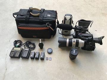 Rent: Canon C100 MKII, 24-70 f/2.8 ii, 70-200mm f/2.8L IS II & Mic