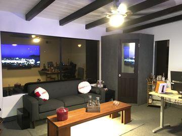 Rent: Client-friendly Post Production Audio Mix / Edit Bay