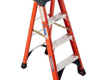 Rent: 4 Step Ladder
