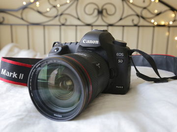 Rent: Canon EOS 5D Mark II w/ a 24-70 lens (package #1)