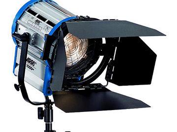 Rent: Arri 1k Fresnel Light with aluminum triple riser stand