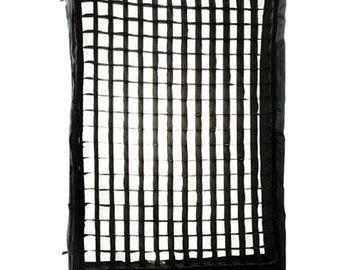 Rent: LIGHTTOOLS Medium 30 Degree Fabric Grid