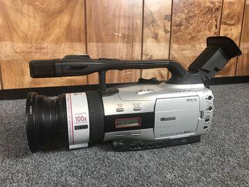 Rent: Canon Canon GL-2 MiniDV Camcorder