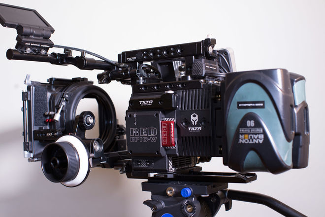 RED DSMC2 HELIUM 8K S35 (EPIC-W) w/ PL or EF mount