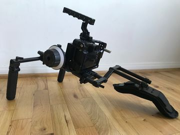 Rent: SmallRig Shoulder Rig for A7SII
