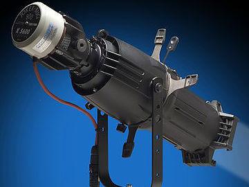 Rent: JOKER 800 w/Bug-A-Beam Adapter & Source 4