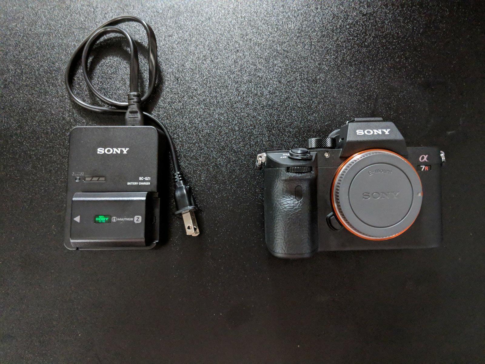 Rent A Sony Alpha A7r Iii Digital Camera W Battery Grip Sharegrid Bc Qz1 Charger New York