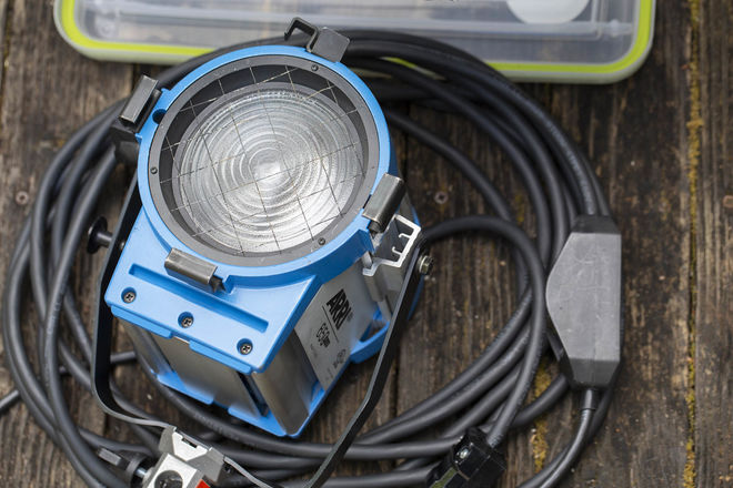 ARRI 650W Fresnel with barn doors, speed ring and dimmer