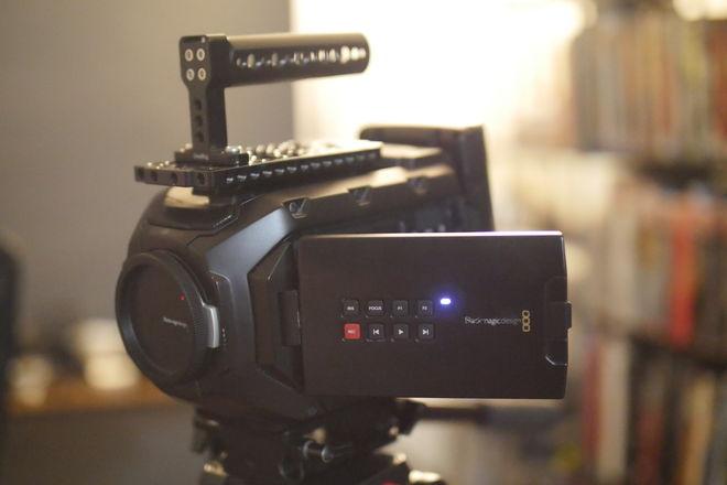 Blackmagic Design Ursa Mini 4K EF w/ V-Mount Battery + CFast