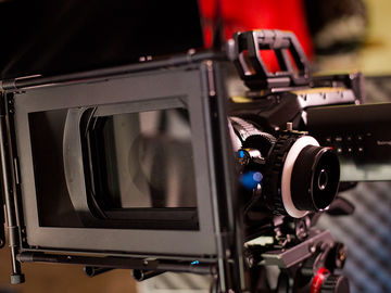 Blackmagic URSA Mini 4.6K EF kit