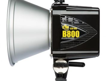 Rent: AlienBee B800 (with Silver Reflector)