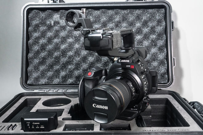 Canon C100 mark II Package (with 17-55 EF-S lens)