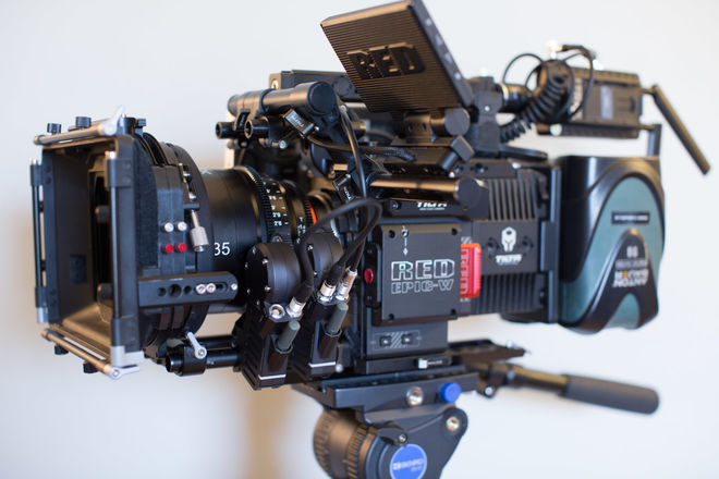 RED DSMC2 HELIUM 8K S35 w/ XEENs & Wireless & More