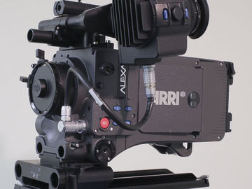 Rent: Alexa Classic Burbank and Cooke 20-100 vintage zoom