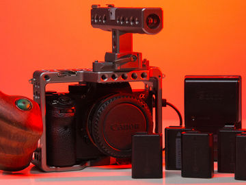 Rent: Sony Alpha a7S II with batteries and tilta cage