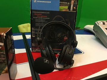 Rent: THE Broadcast Headset (Sennheiser HMD 26-600-II-XQ)