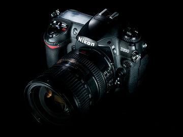 Rent: Nikon D200 & Nikkor 18-200mm 3.5-5-6 VR zoom