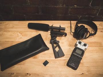 Rent: Rode NTG-2 Field Recording Kit