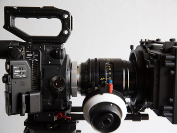 Rent: Canon C200 PL Mount - Cinema Kit