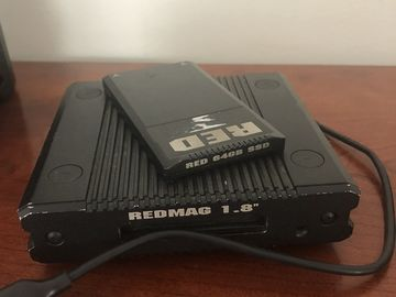 Rent: RED 1'8 inch REG MAG READER & 64G card