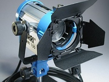 Rent: Arri 150w Fresnel (1 of 2)