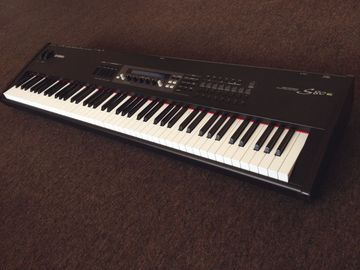 Rent: YAMAHA S-80 KEYBOARD