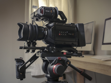 Rent: Ursa Mini 4.6k EF with shoulder kit, viewfinder