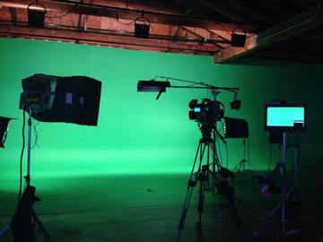 Rent: Green Screen Downtown Los Angeles $100/h