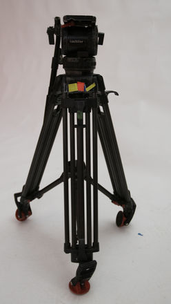 Sachtler Video 18 P Tripod