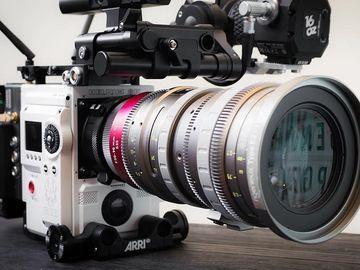 Rent: Angenieux EZ-1 S35 30-90mm T2 Cinema Lens