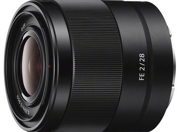 Rent: Sony 28mm f2
