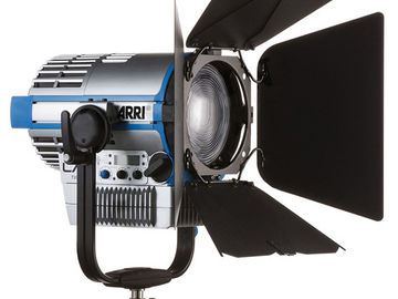 Rent: ARRI L7-C LED Fresnel