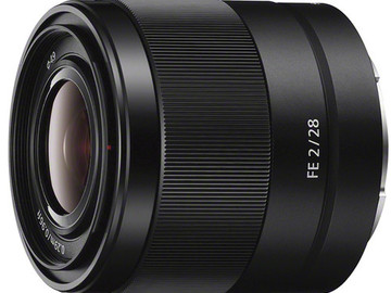 Rent: Sony FE 28mm F2 full frame e-mount lens