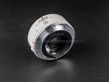 Rent: Canon Extender EF 1.4x