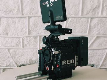 Rent: RED Epic Dragon 6K - EF - Package