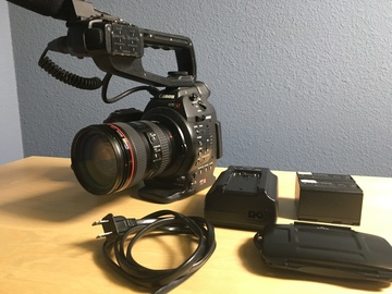 Rent: Canon C100 Package