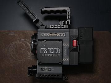RED Scarlet-W Dragon 5K EF mount, Batteries and Media