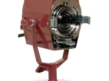 Mole-Richardson 200 Watt Mini-Mole Solarspot Fresnel