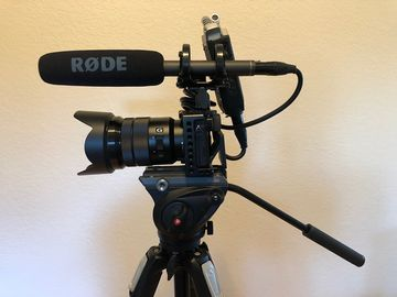 Rent: Sony A6300 with lenses, audio and lighting kit