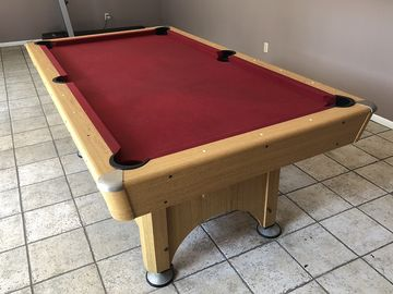 Rent: Billiard pool table