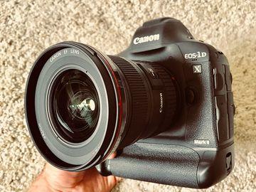 Canon 1DX Mark ii Kit + 16-35mm Lens