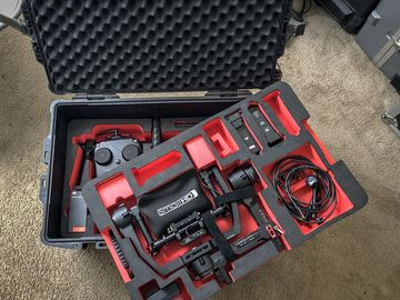 Rent: DJI Ronin 3-Axis Gimbal Stabilizer w/ Monitor