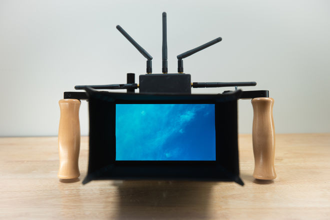 SmallHD 702 Bright directors monitor + Teredek bolt 1000