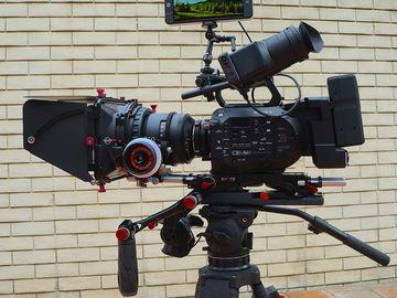 Rent: SmallHD 702 Bright HD 7-in Field Monitor