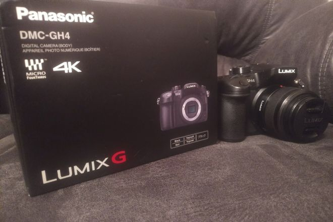 Panasonic Lumix DMC-GH4 Digital Camera + 128gbSD + 25mm Prim