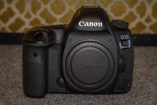 Canon EOS 5D Mark IV w/ Canon Log - 2 available