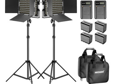 Bi-Color Dimable LED 2-Light Kit with Stands